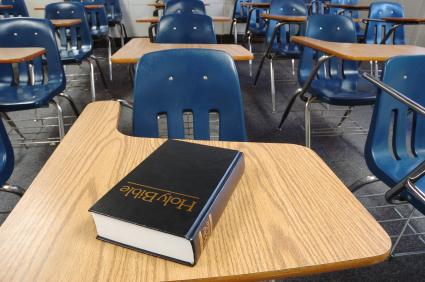 How to write a religion essay for school?